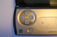 xperia play manette 200x133 Test Xperia Play