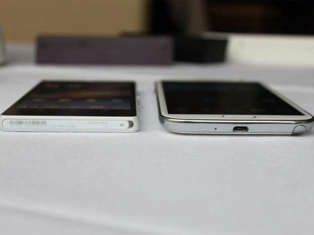 Xperia Z vs Galaxy Note 2 4