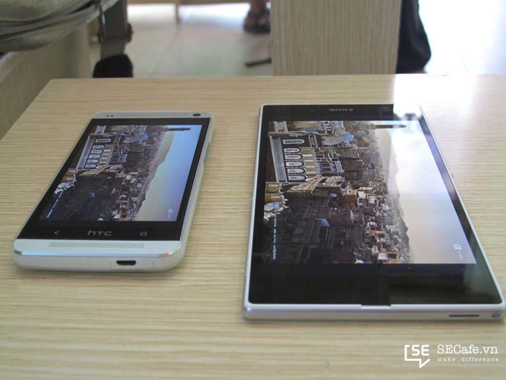 Sony Xperia Z ultra vs HTC One 13083Xperia Z Ultra Vs Htc One