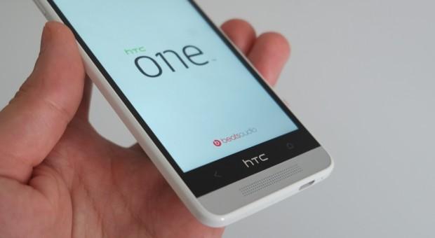 les smartphones android milieu de gamme du moment 201102