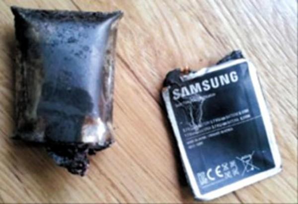 batterie galaxy note 2 explosée