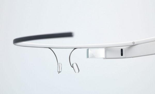 Google-Glass-Press-3