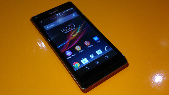 test Sony Xperia L 100602