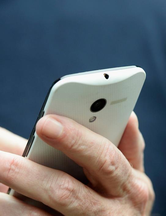 Moto X Phone Eric Schmidt 13071