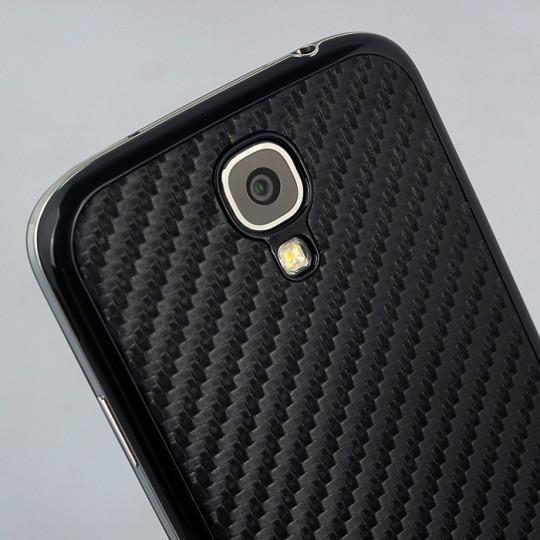 Smartphone en fibre de carbone 2