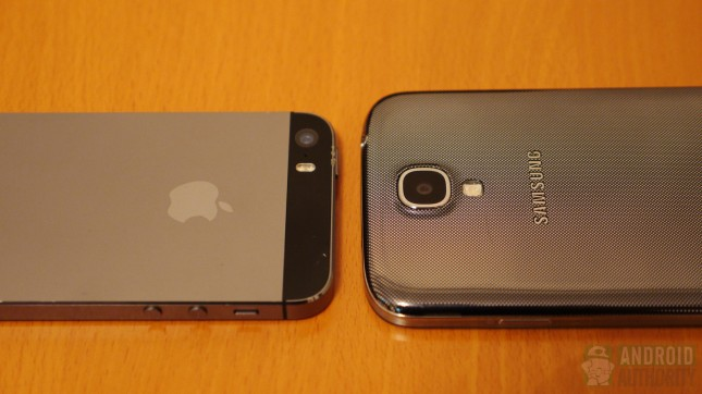 iphone 5s vs galaxy S4 250905