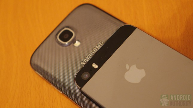 iphone 5s vs galaxy S4 250906