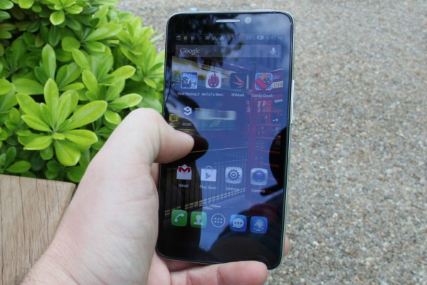 test Alcatel One Touch Idol Ultra 02