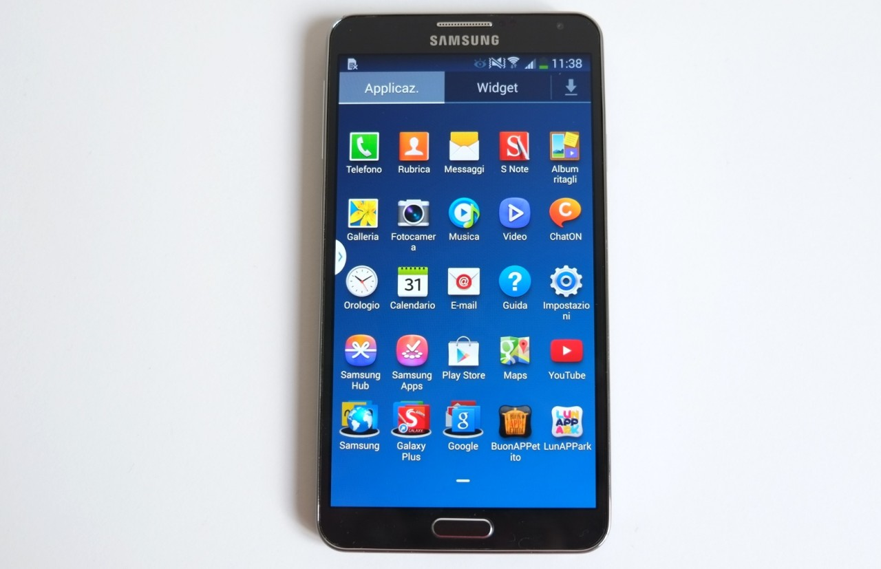 voici les meilleurs smartphones android sortis en 2013. Black Bedroom Furniture Sets. Home Design Ideas