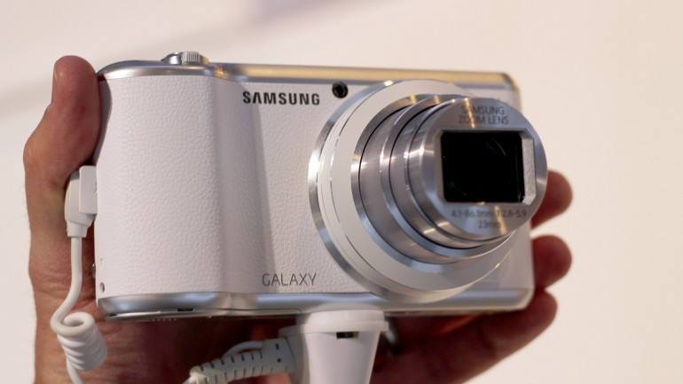 galaxy camera 2 220102