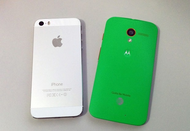 iPhone 5C vs Moto X 270116
