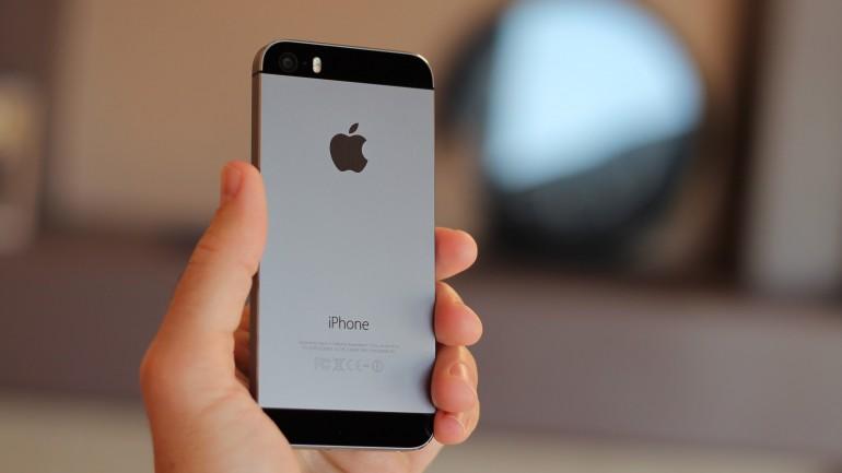 nexus 5 vs iphone 5s 240104
