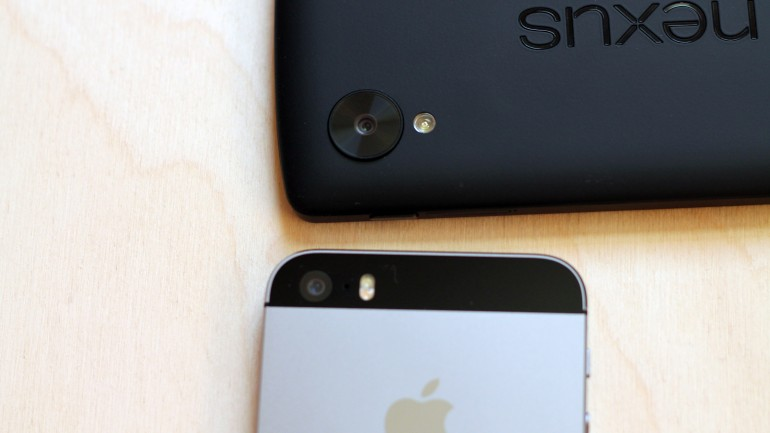 nexus 5 vs iphone 5s 240105