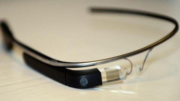 Photo : KitKat et ses lunettes interactives